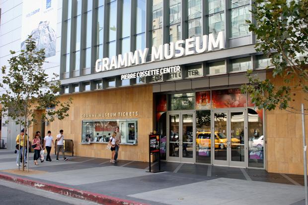 20120718_063018_la-grammy-museum1